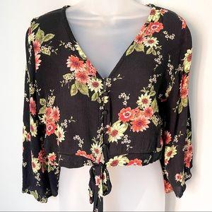 ACTIVE USA | Floral Crop Top with Tie